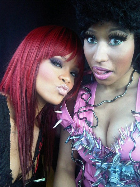 nicki minaj 2011 pictures. nicki minaj and drake,